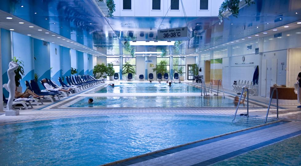 århus massageklinik hotel med jacuzzi på værelset